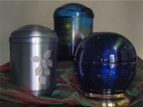 Urnen beim Bestattungsunternehmen in Weinheim